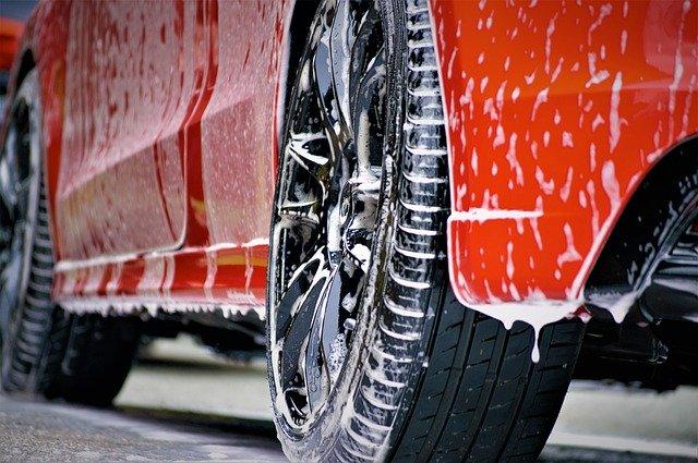 Myjnia ręczna, mycie nadwozia samochodu